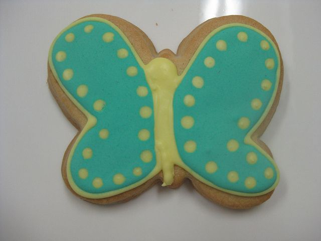 Green Butterfly Cookie by Flour & Sun, via Flickr #butterfly #cookie #bakery #flourandsun