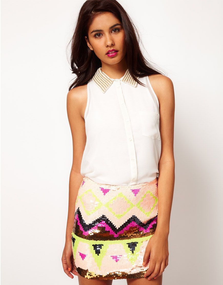 Lipsy sleeveless blouse with studded collar with sequin aztec print