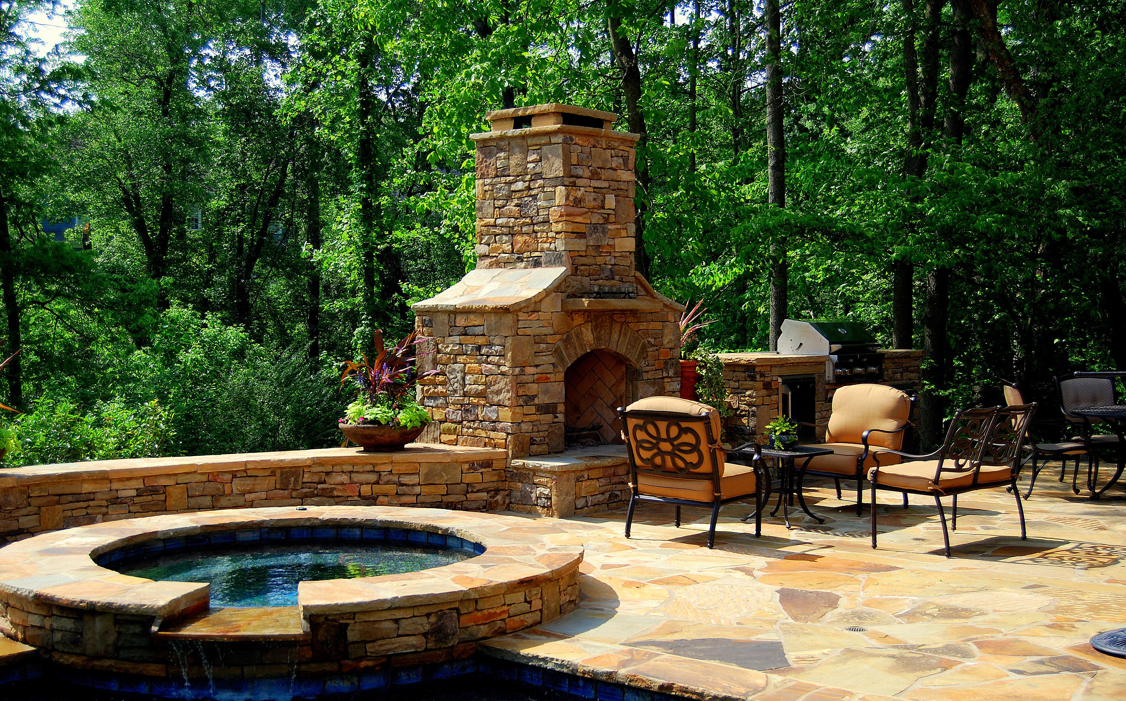 Hot Tub Outdoor Fireplace And Kitchen Love It Hot Tub