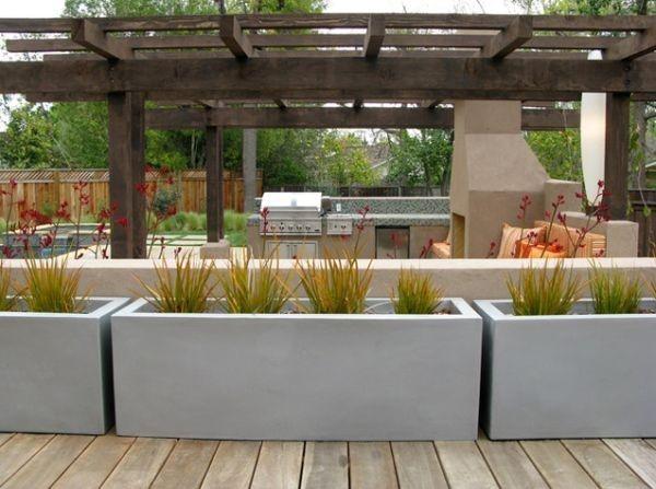dekoratives Element-Pflanzkübel aus beton-porenarm winterfest - elemente terrassen gestaltung