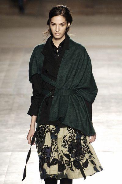 Dries Van Noten at Paris Fashion Week Fall 2005 - Livingly