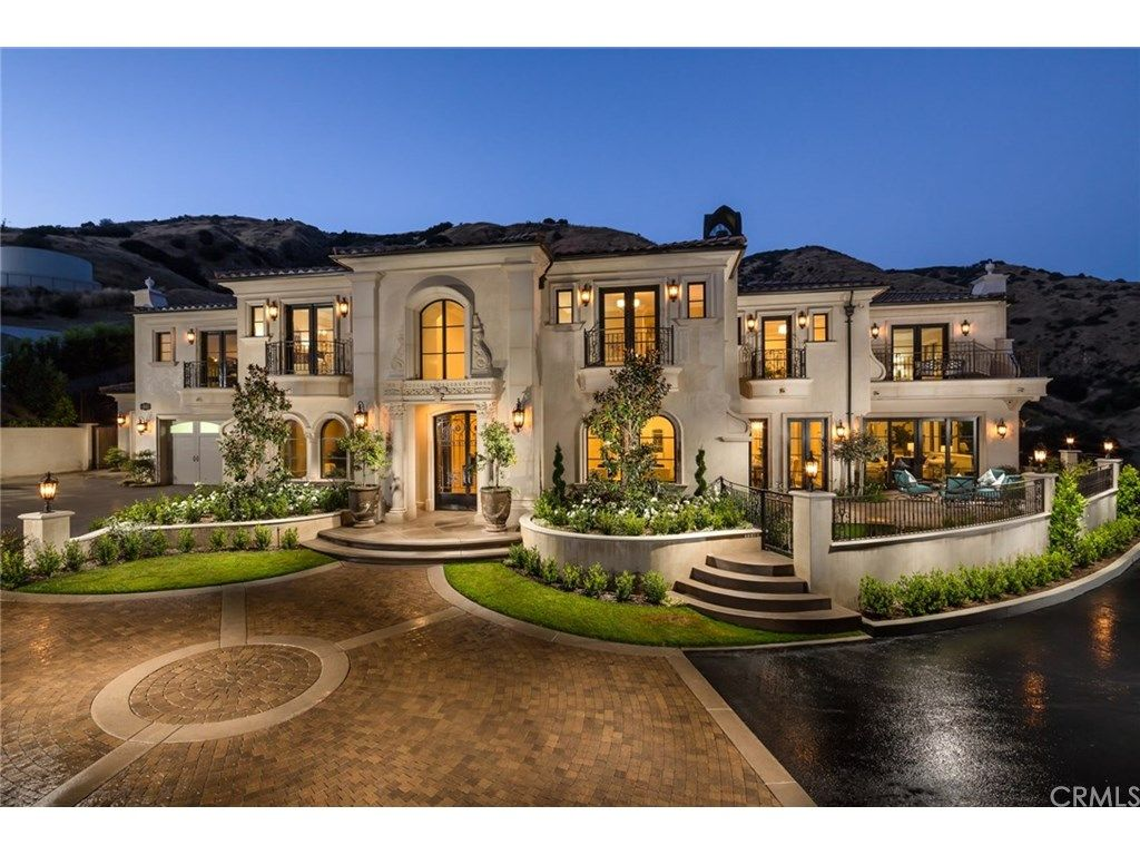 Open House In Glendora New Construction One Of A Kind Custom Open Saturday 12 4 Pm 617 Gordon Highlands Rd Glen Glendora Home Builders Best Home Builders