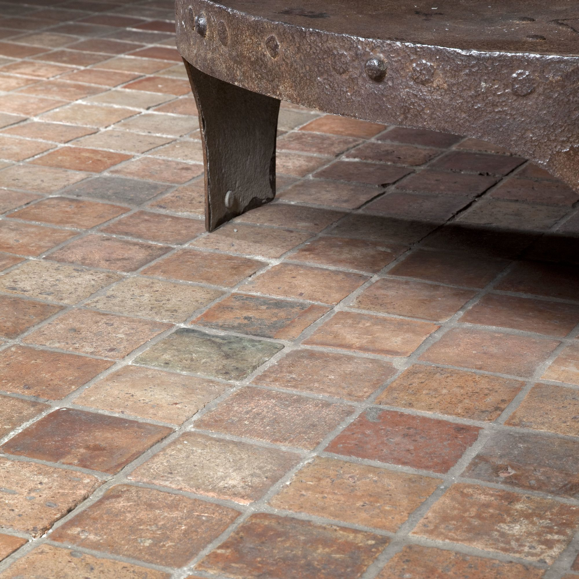 Antike Fliesen In 2020 Antike Fliesen Fliesen Fußboden
