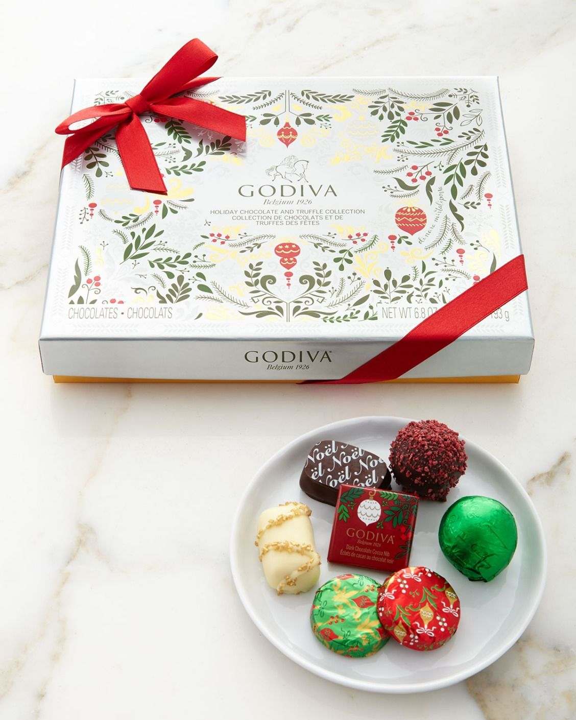 Godiva Chocolatier 16-piece Holiday Gift Box | Sweet Treats ...