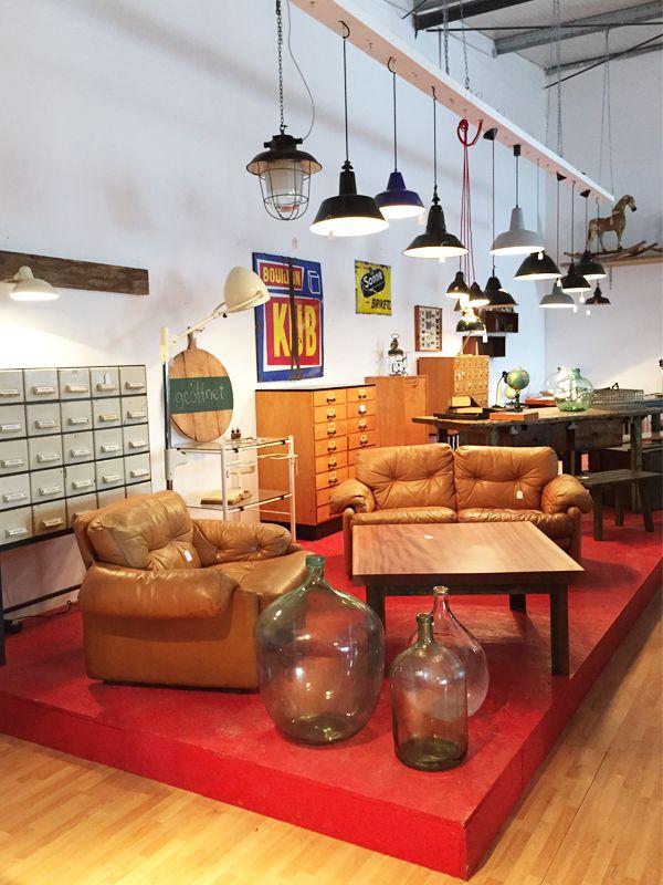 retrosalon k ln buckets and city. Black Bedroom Furniture Sets. Home Design Ideas