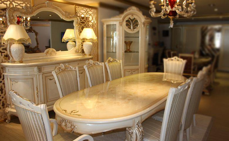 Kraliyet Sofras Leydi Yemek Odas