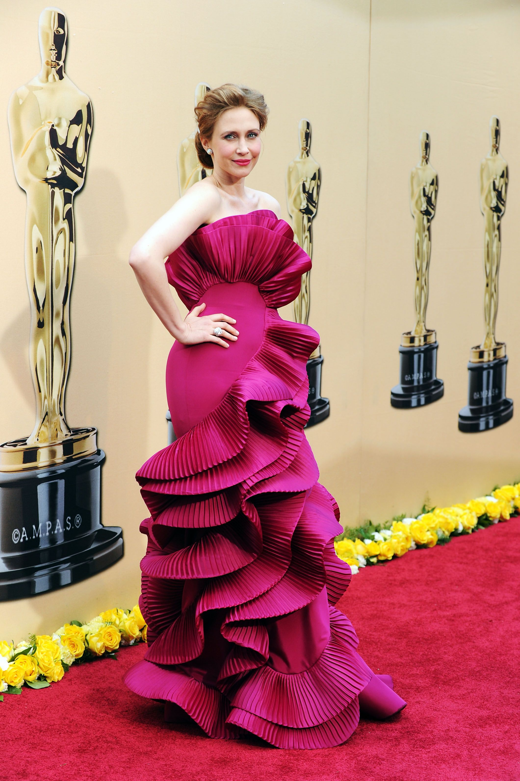 pictures The 35 Worst Fashion Fails in Oscars History