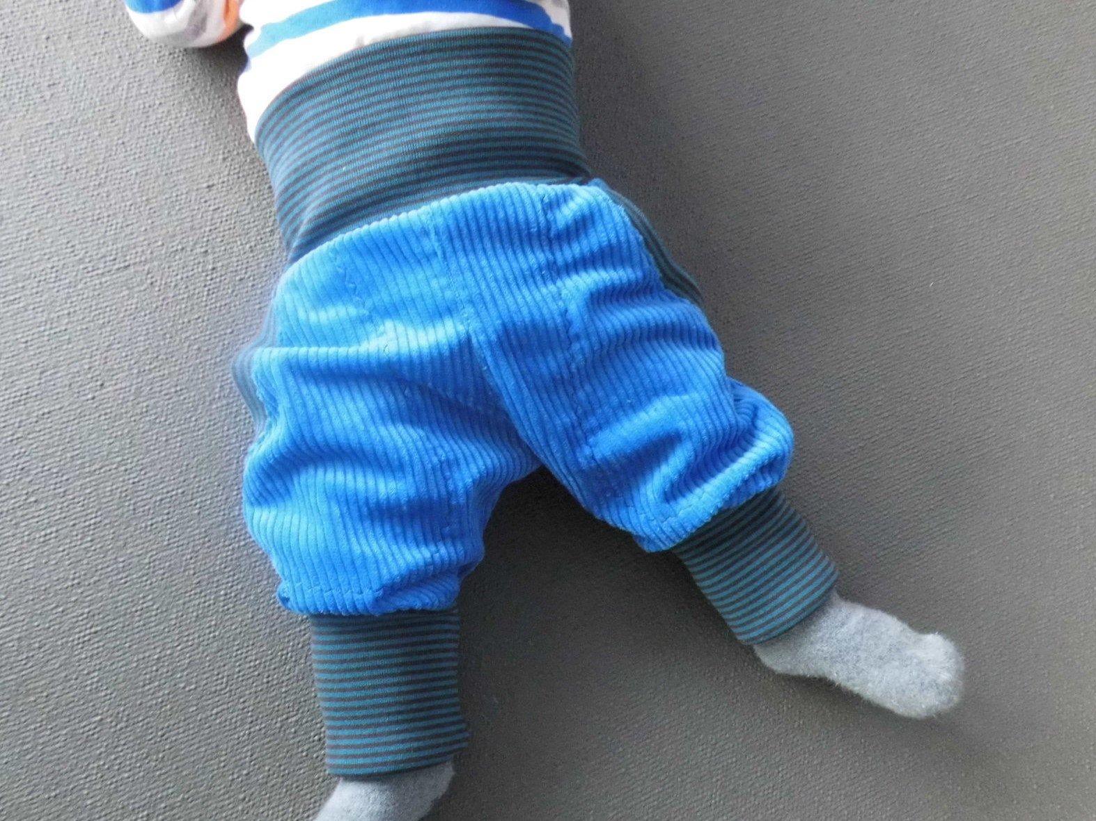 Mitwachshose Pumphose  aus Feincord  dunkelblau