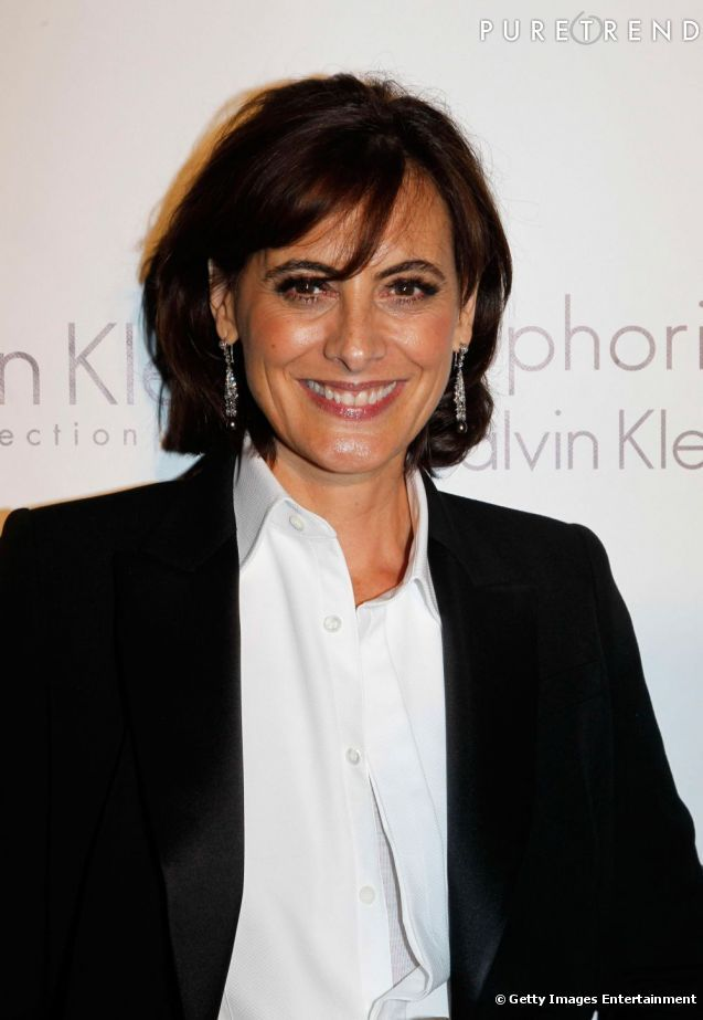 Ines de La Fressange. Here I think her hair is getting just a little long (the same thing happens to me). She loses her energy here a bit.