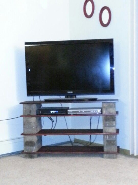 Diy Tv Stand Paint The Bricks And It Would Look Shabby