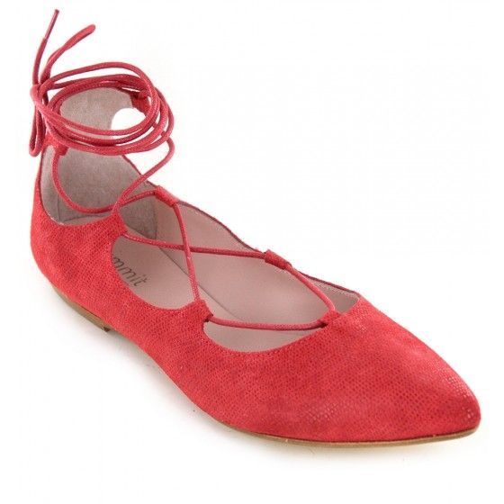 """<p>Lace+up+ballet+style+flat.+Upper,+lining+and+sock+all+made+from+genuine+Italian+leather.+Sock+cushioned+with+2/16""""+latex.</p> <p></p> <p><strong>Heel+height:+2/8""""</strong></p> <p></p> <p></p> <p><em>Please+click+""""View+Sizing+Guide''+link+to+access+product+specifications,+fit+tips+&+sizing+conversion+information.</em></p>"""