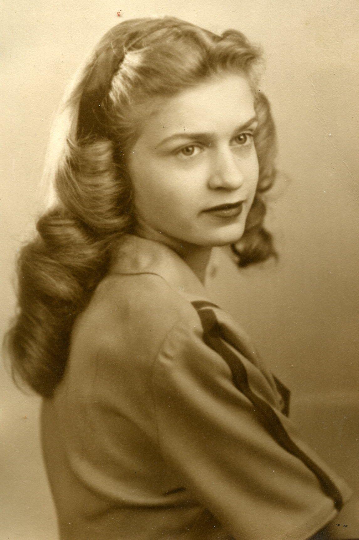 1940s long hair. vintage hairstyles