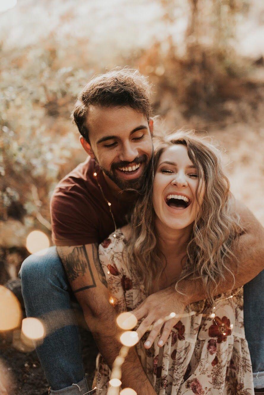 Couple photoshoot engagement photo ideas Yakima field ...