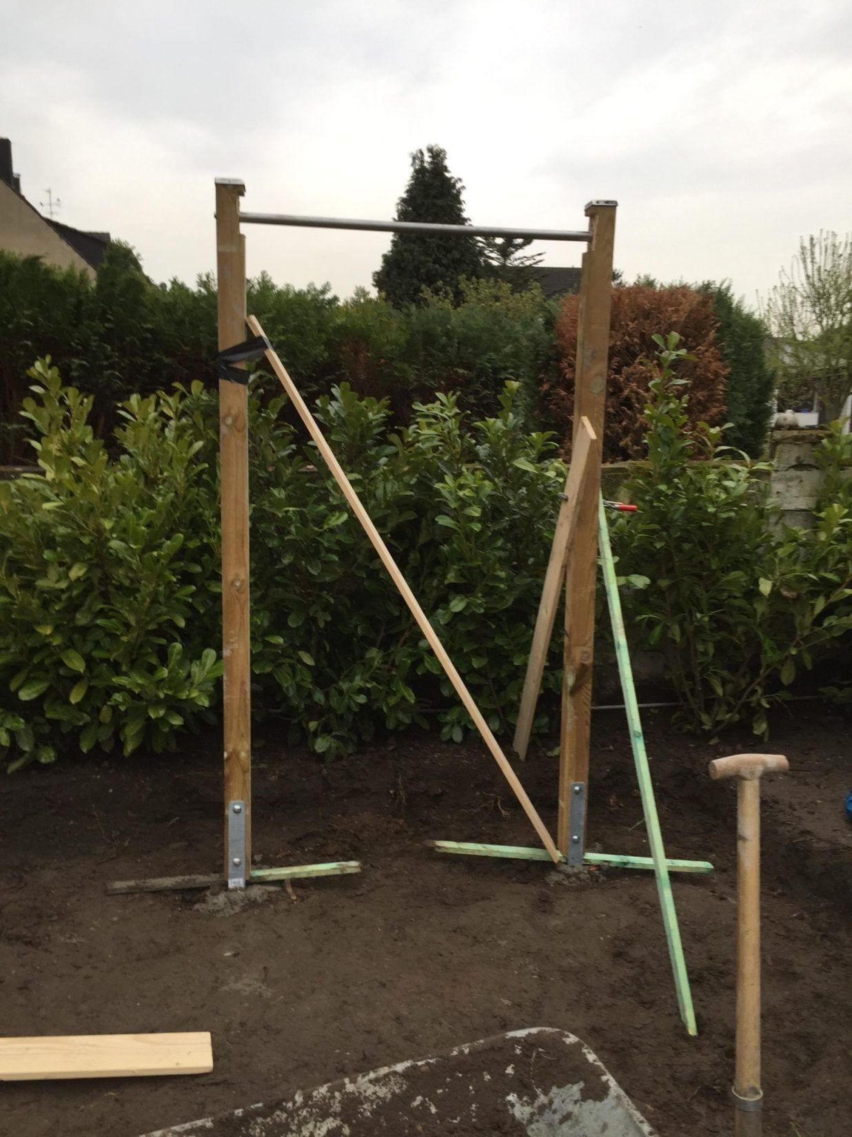 Diy outdoor weightlifting platform and rack utegym träning