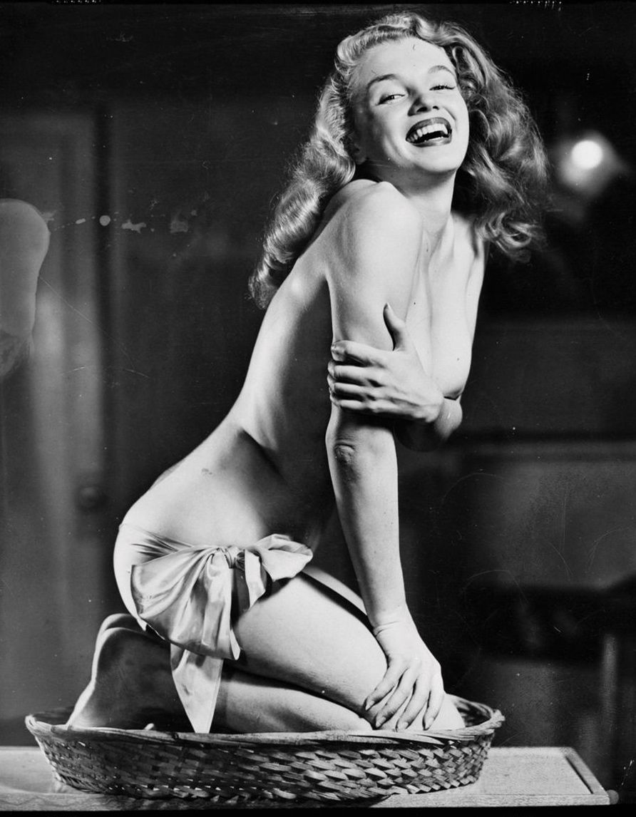 Marilyn Monroe by Earl Moran c. 1948