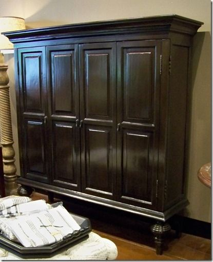 Closed Door Media Cabinet