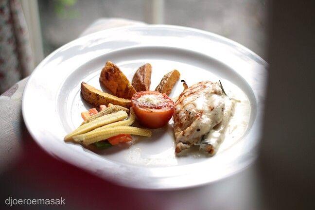 Grill Chicken With Rosemary Cream Sauce Ini Adalah Salah Satu Menu Masakan Andalan Di Djoeroemasak Masakan