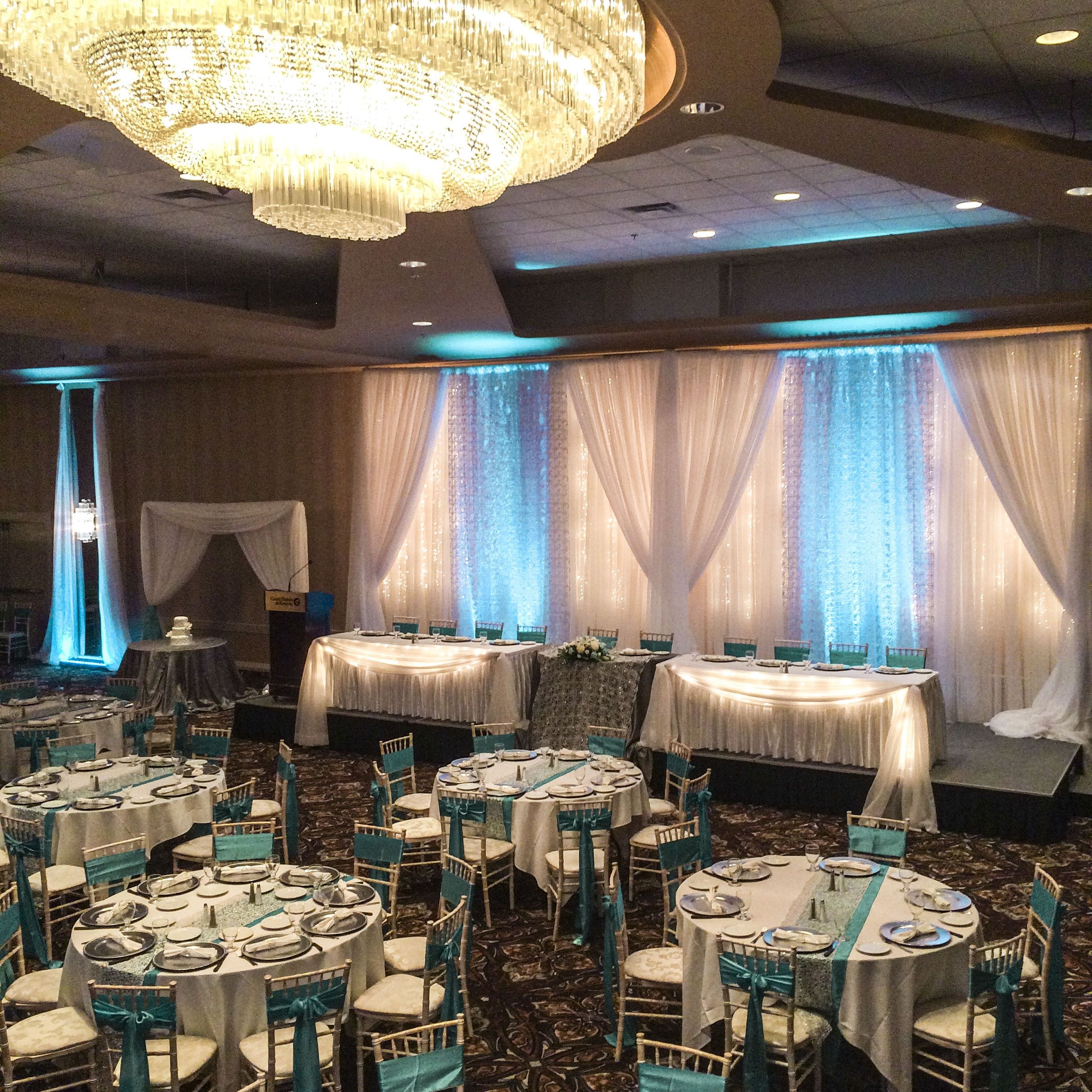 Teal Wedding Ideas For Reception: Spring Teal And Silver Wedding Reception