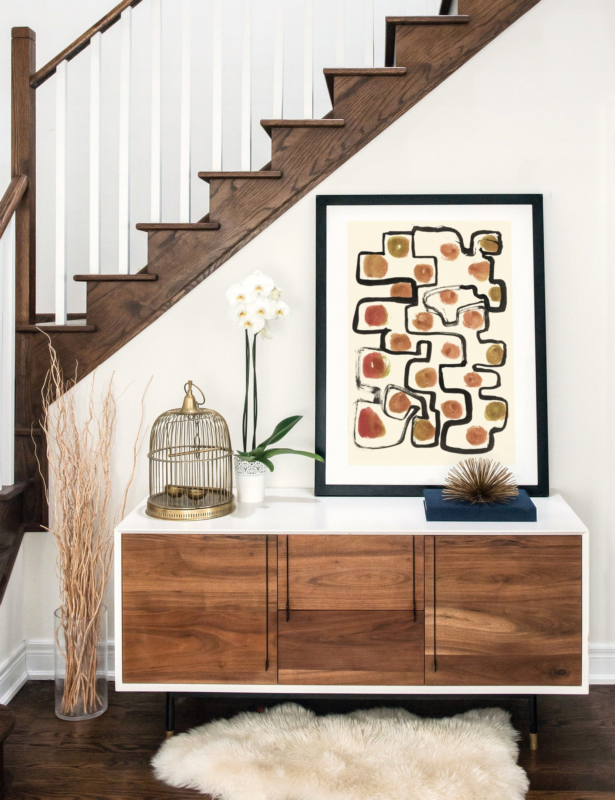 Entry way home decor inspiration. Cozy, warm colors and abstract art ...
