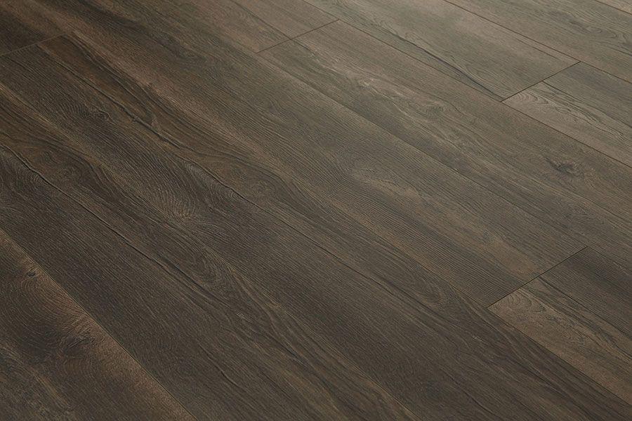 Series Woods 12mm Harbour Oak Dark Laminate Flooring Laminate Flooring Dark Laminate Floors Flooring