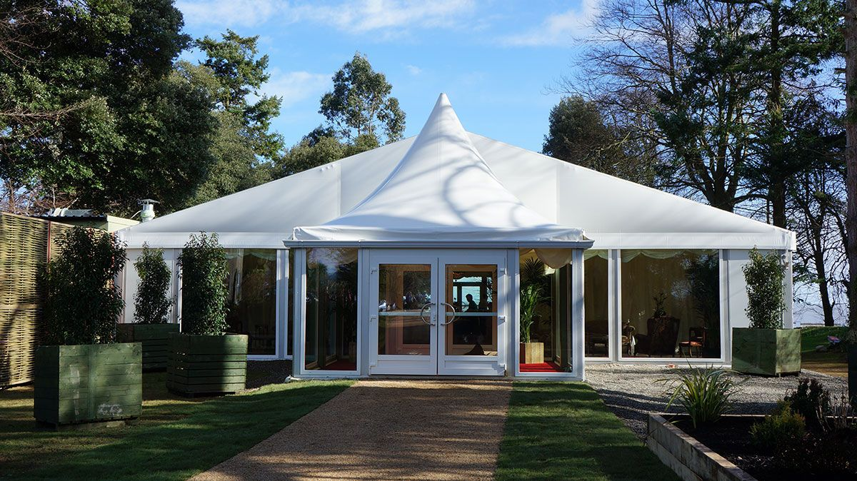 Party marquees for sale in UK & Ireland | Röder HTS