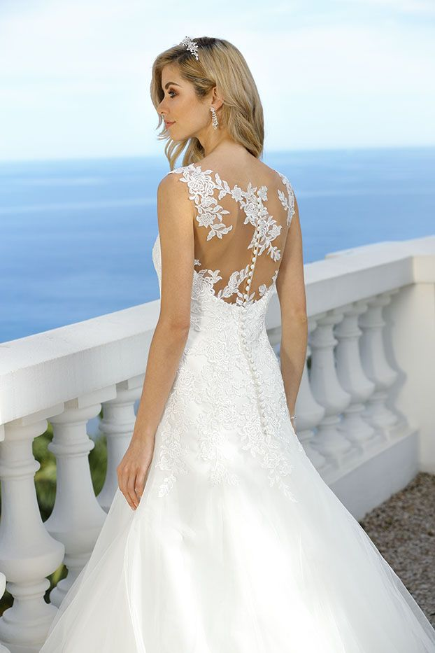 Style 418017 - Ladybird Wedding Dress Collection 2018 Menyasszonyiruha  Stílusok 54d7b46425