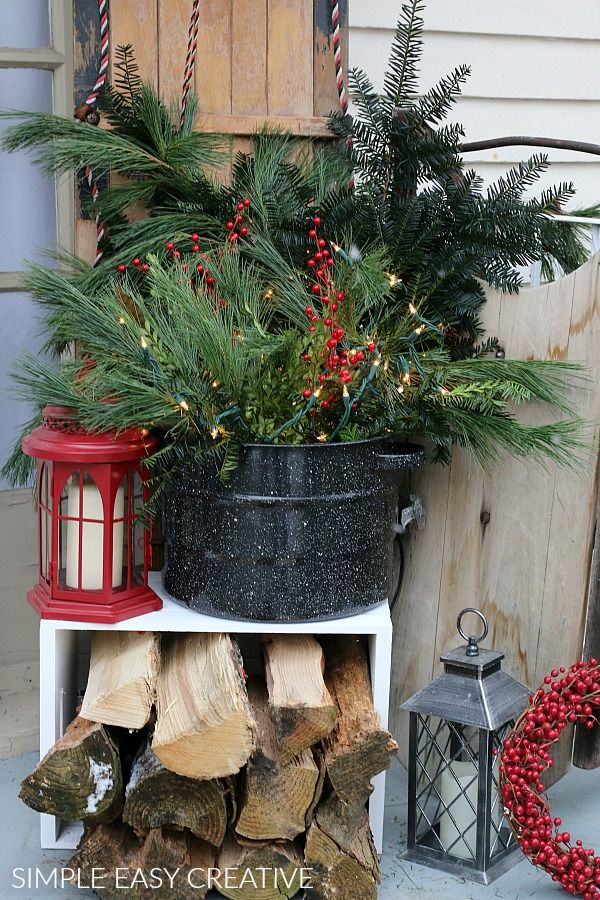 Christmas Porch Decor - Hoosier Homemade