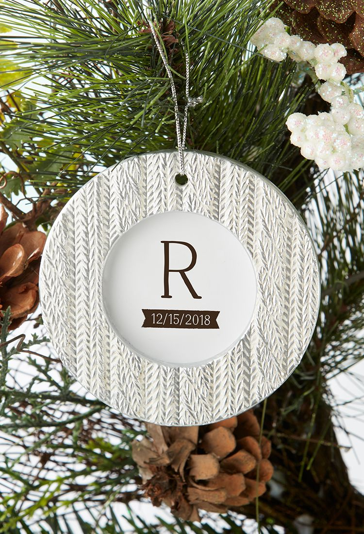 Cable Knit Ornament Place Card Holder | Winter wedding favors, Place ...