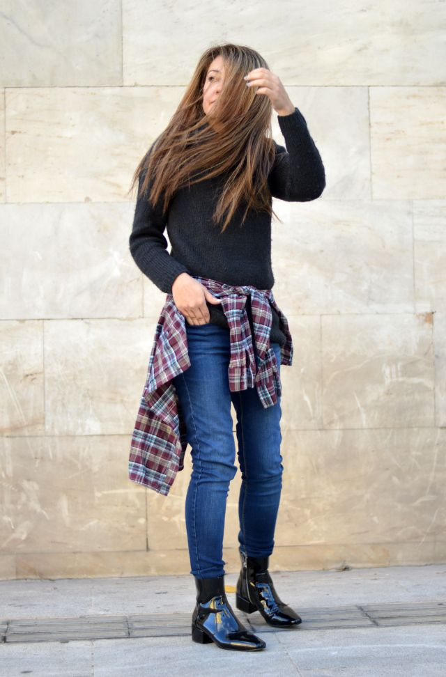 #plaidshirt #jeans #casual #winter #outfit #ootd #blogger