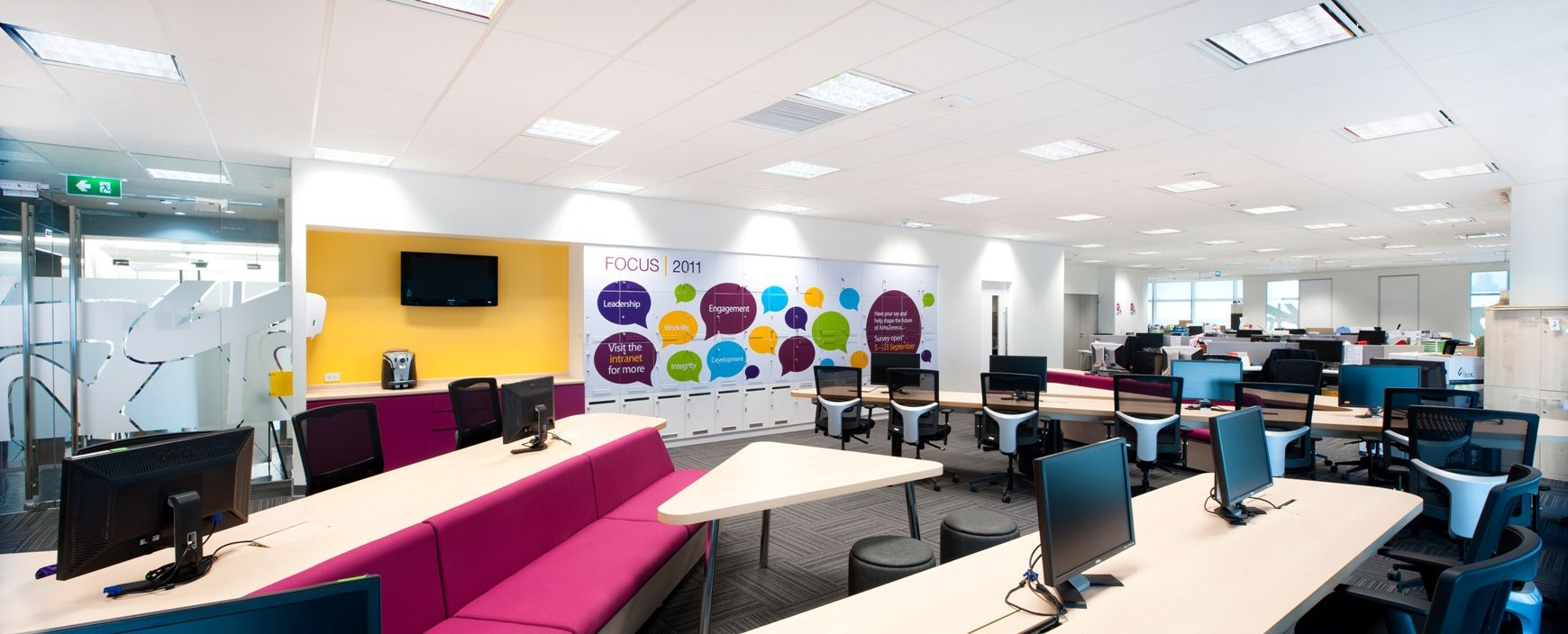 Astrazeneca S Collaborative Bangkok Head Offices Office Snapshots Cool Office Space Commercial Design Office Interiors