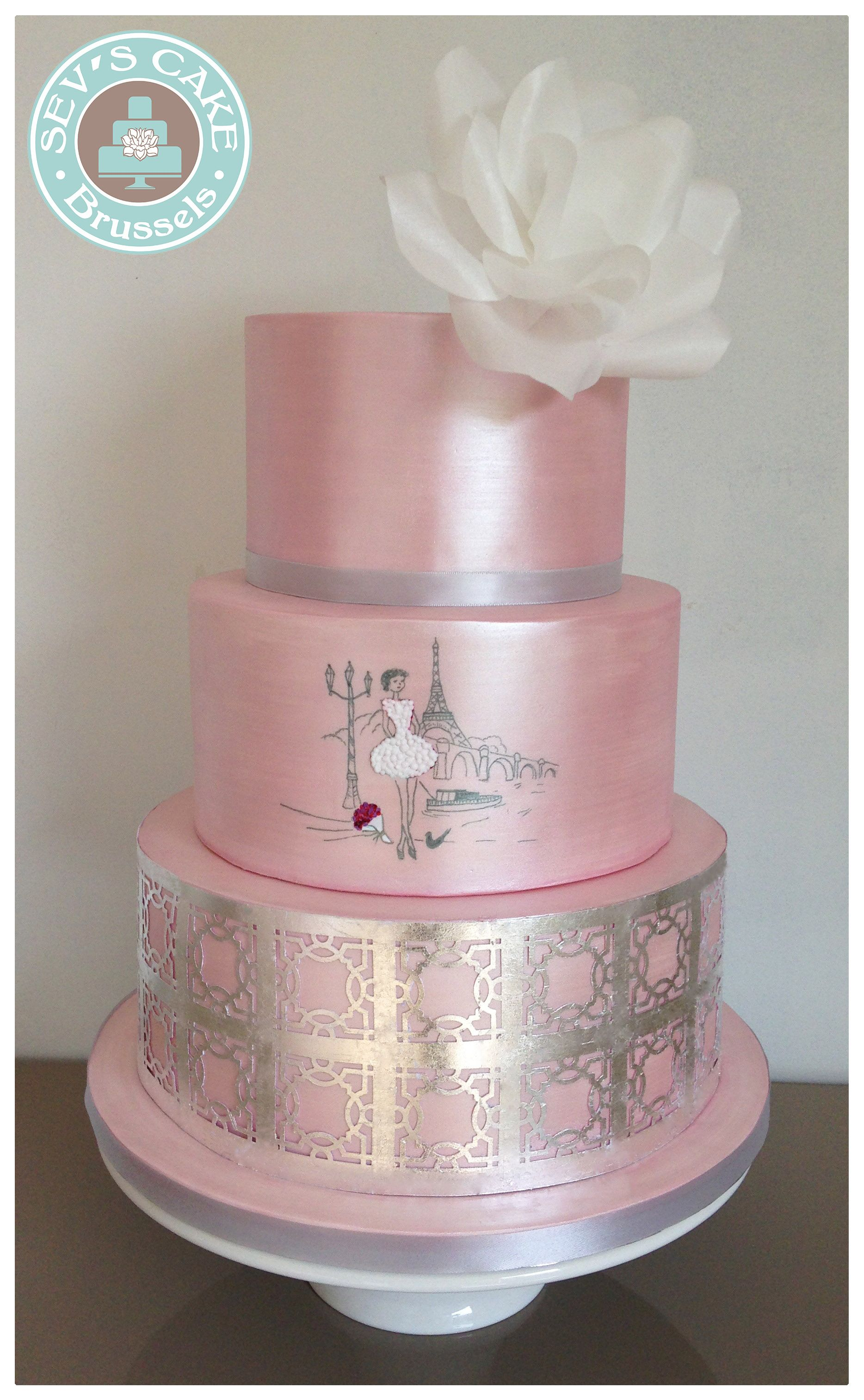 Pink Wedding Cake Paris With Silver Leaves Gateau De Mariage Paris