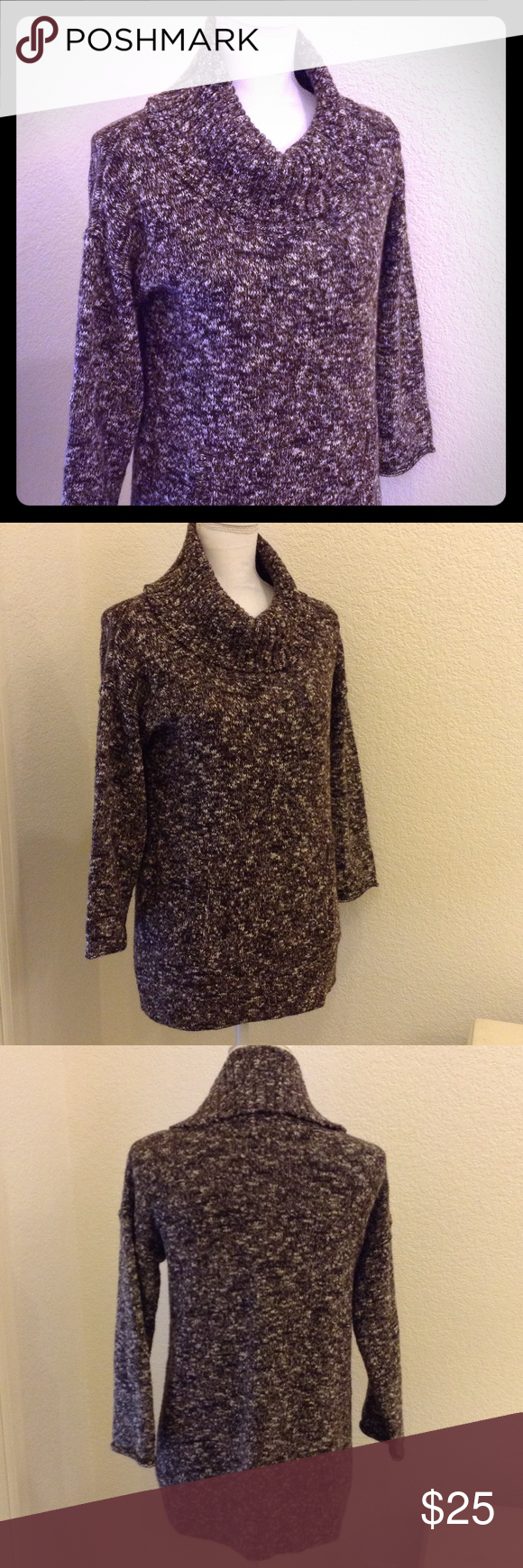 """J. Crew Turtleneck Sweater Tunic Excellent condition, wool blend, turtleneck, 3/4 sleeves with flared ends, tummy pocket/pouch,  about 25"""" long. J. Crew Sweaters Cowl & Turtlenecks"""