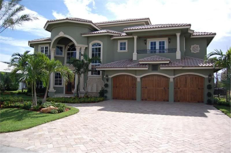 2 Story Homes With Balconies Big Two Story House