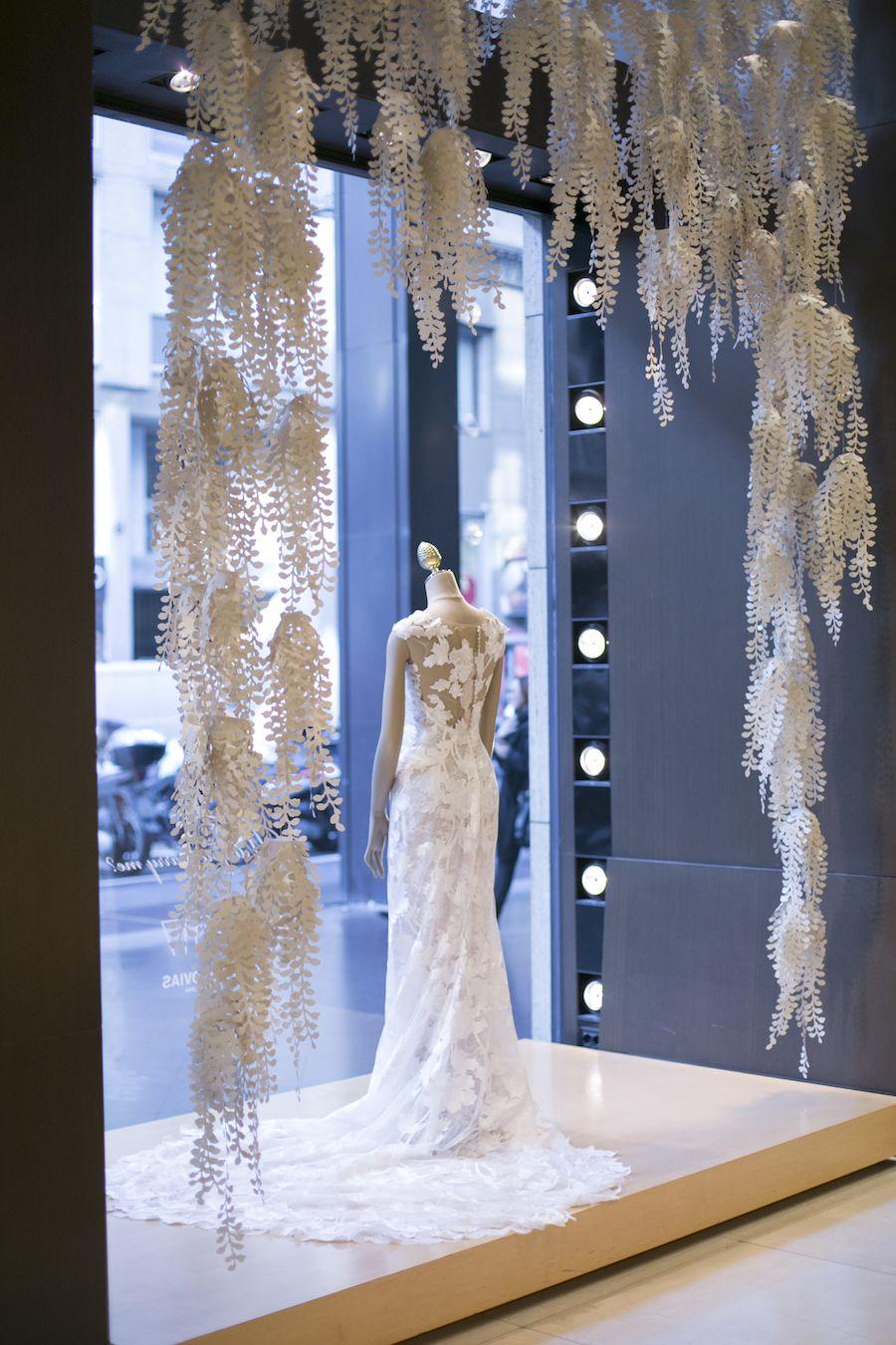Una Visita Al Pronovias Store Di Milano Wedding Wonderland Arredamento Da Boutique Progettazione Interni Negozio Boutique Da Sposa