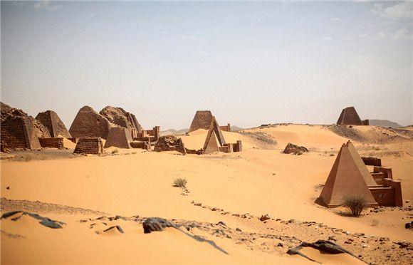 曾與埃及金字塔齊名的蘇丹金字塔 如今被人遺忘在沙漠中 城市 界面新聞 Ancient Pyramids