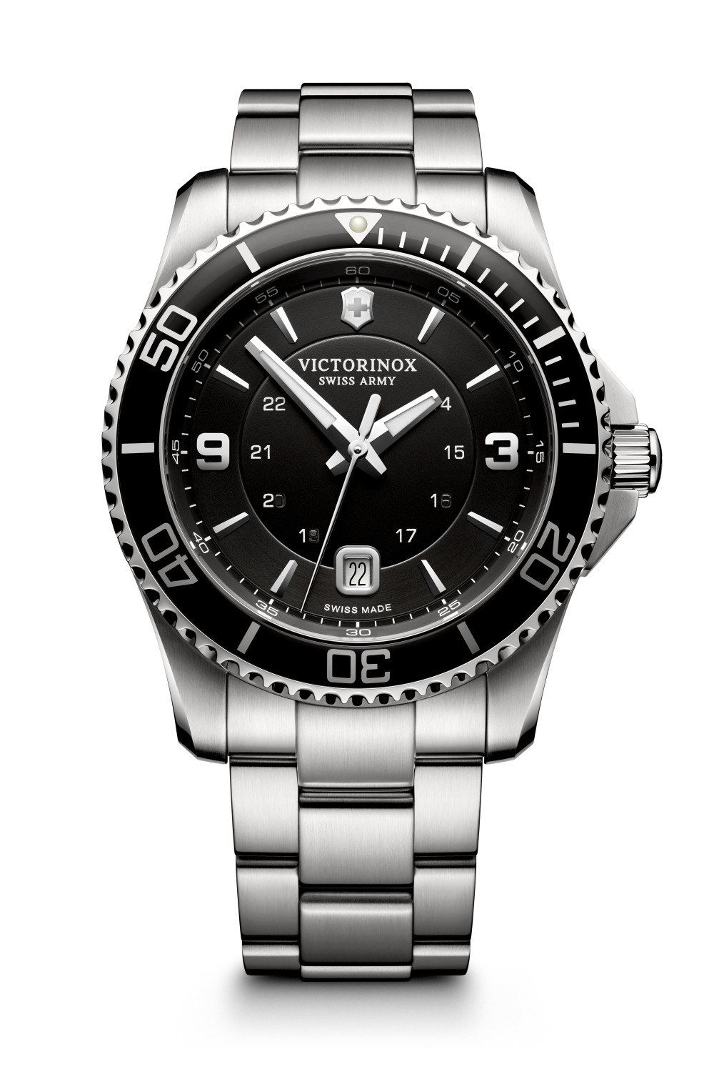 4ae0a4f1e GQ rounds up 5 affordable watches that look expensive - like the Victorinox  Swiss Army Maverick.