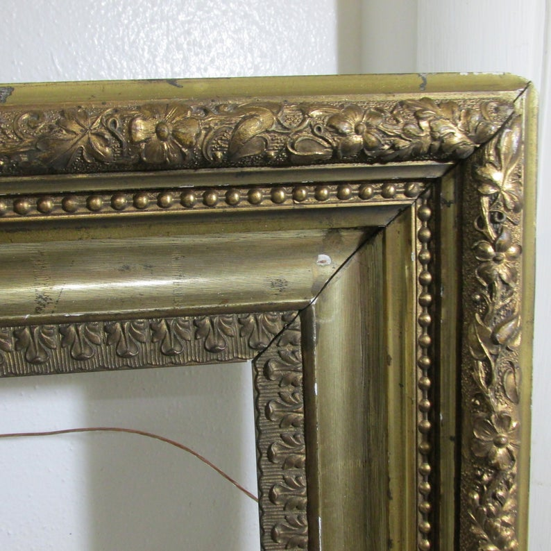 Picture Frame Wood Gesso Gold Antique 16 X 20 Image No Glass Etsy Antique Picture Frames Picture Frames Frame Shabby