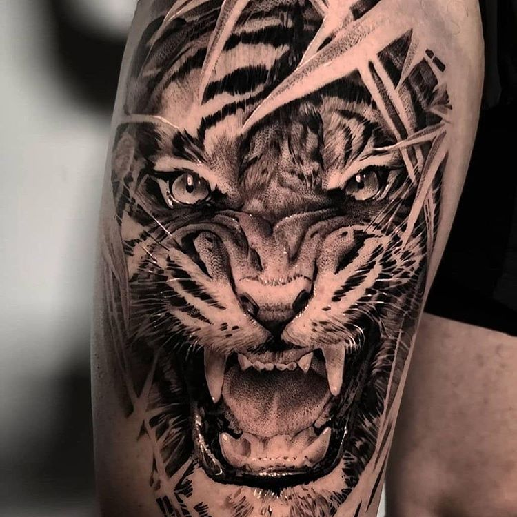Skin Giants Be A Giant En Instagram Tiger Artist Johnhudic Fol In 2020 Tiger Tattoo Sleeve Tiger Tattoo Animal Sleeve Tattoo