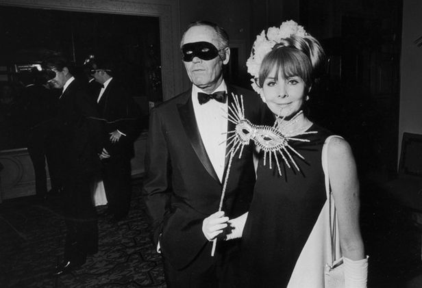 Henry Fonda and Shirlee Mae Adams in Truman Capote´s Black and White Ball, 1966.