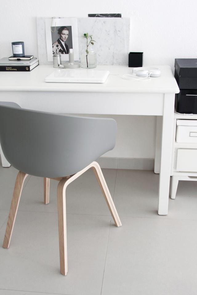 Cadeira | escrivaninha