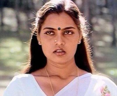 വശ്യസൗന്ദര്യത്തിന്റെ ഓർമ്മകളിൽ | Silk smitha, Beautiful girl face, Actresses