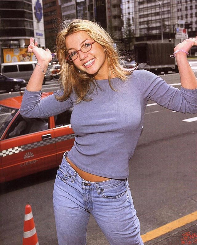 """Photo of 90s perspective on Instagram: """"Britney Spears in Japan, 1999"""""""