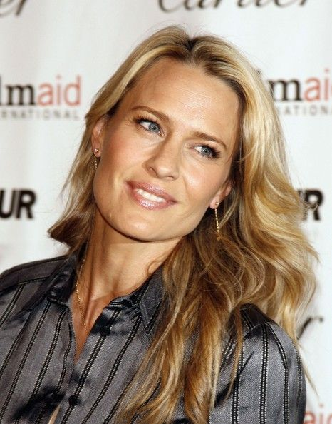 Photo of Robin Wright Photos Photos: Glamour Reel Moments