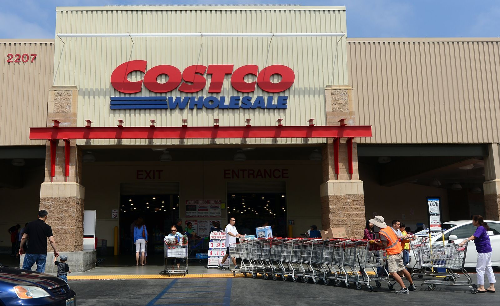9 Things Costco Employees Want You to Know Costco