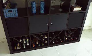 Expedit per contenere bottiglie di vino salone wine bottle rack ikea wine rack e ikea hackers - Bottiglie vetro ikea ...