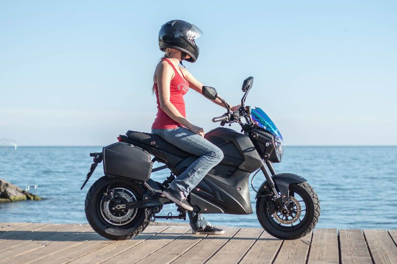 The brand new Daymak EM1 special edition is here and this electric