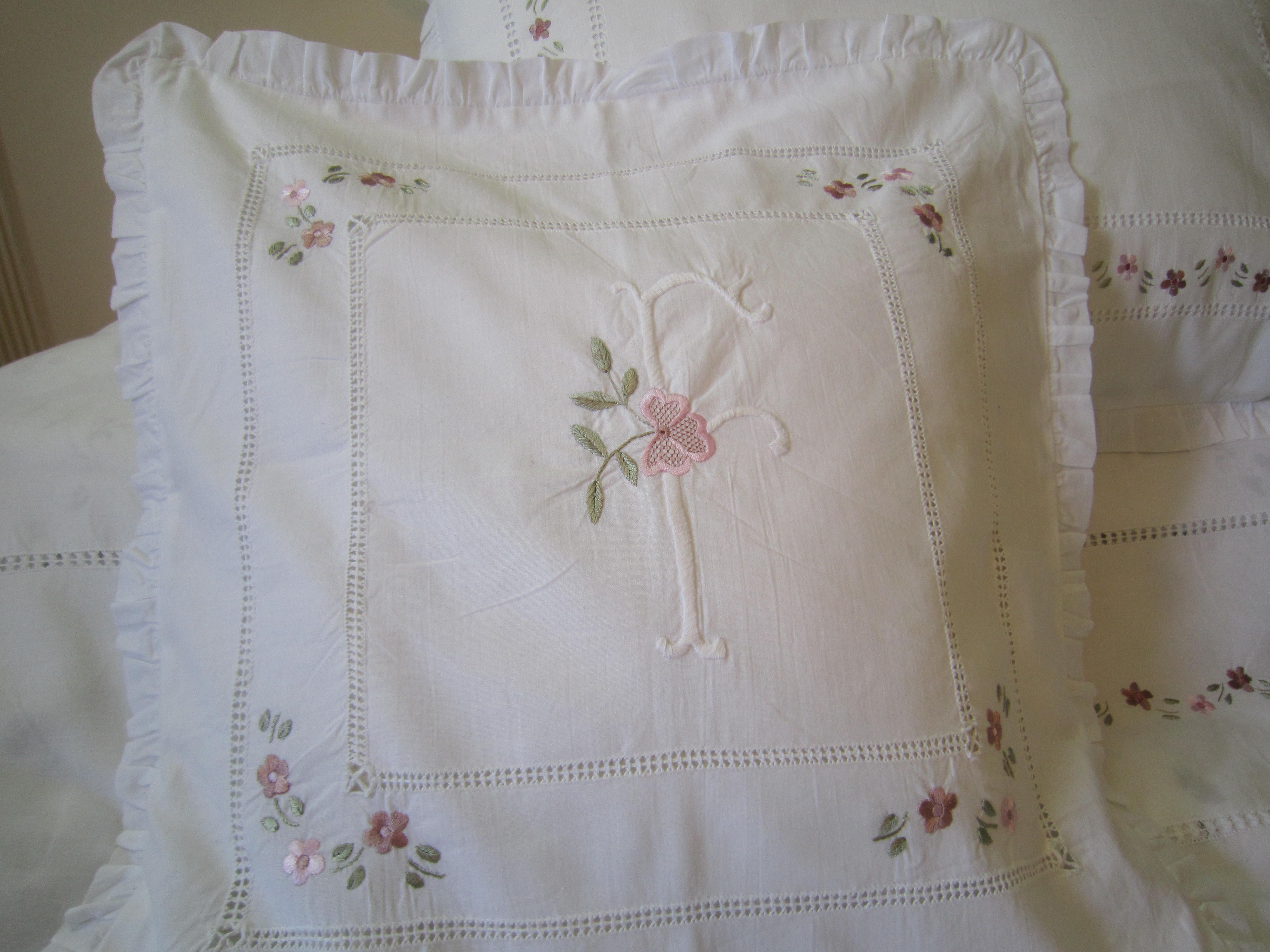 Hand embroidery pillow cover embroiderry pinterest hand