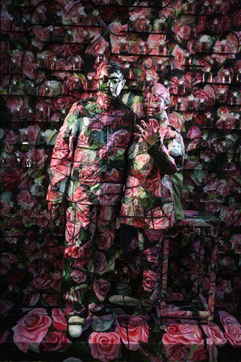 Making-of de la photo de Liu Bolin pour Guerlain © Zachary Bako