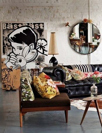 Diy Living Room Ideas Id Change The Art Poster Into An Anime Manga Style An Make The Room Up With More Of An Asian Fla Eclectic Interior Eclectic Home Decor