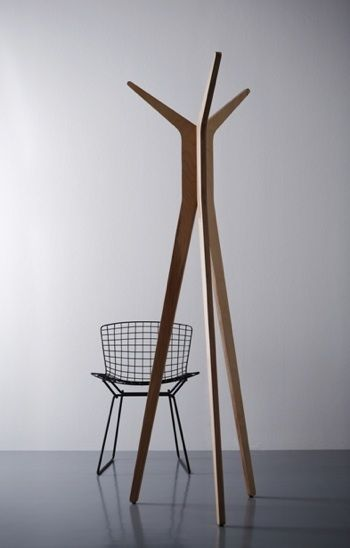 82ba38df4e97 Hi Tripod Contemporary Coat Stand Rack  Remodelista